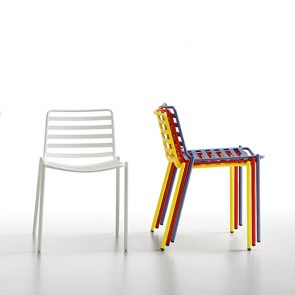 trampoliere_chair_stack